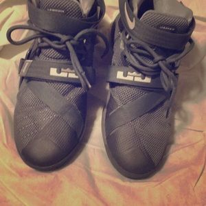 james lebron size 6 youth